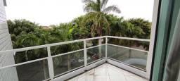 Apartamento a 600 metros da praia com 2 vagas - AP0015