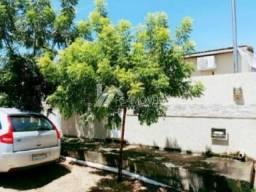 Casa à venda com 3 dormitórios cod:ffade4a0b40