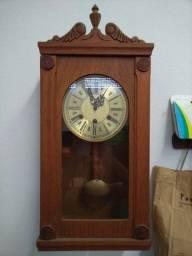 Relógio de Parede Antigo