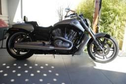 Harley Davison V-Rod Muscle 1250 CC