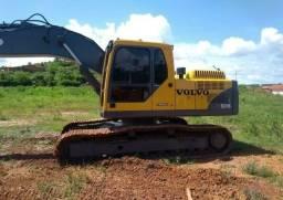 Escavadeira hidráulica Volvo EC210B Ano 2012