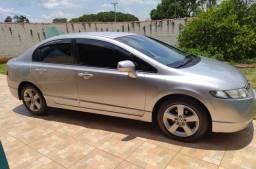 Civic 2008 flex vendo ou troco por carro utilitário