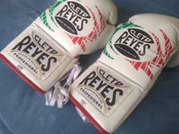 Luva Profissional de Boxe Cleto Reyes
