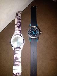 Dois relógios novos