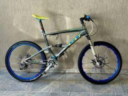 Bike montain full carbono