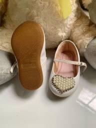 Lindo sapato infantil
