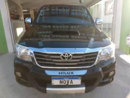Toyota Hilux SRV Top 3.0 Turbo Diesel 4x4 Aut. 2013 - Roda 17 / Controle Tração