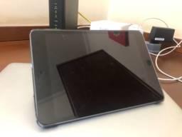 iPad  Apple Mini 4ª Generación 2015 7.9  128gb Space Gray