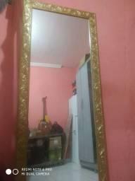 Vende se um espelho novo
