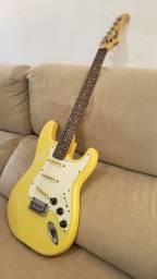 Guitarra Cort modificada (captadores fender americana)