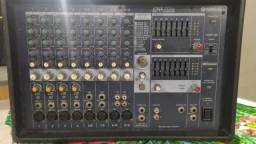 mesa de som amplificada yamaha emx512sc