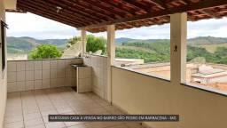 Título do anúncio: Ampla casa no bairro São Pedro em Barbacena
