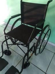 Cadeira de rodas 101 CDS 2 mês de uso praticamente nova