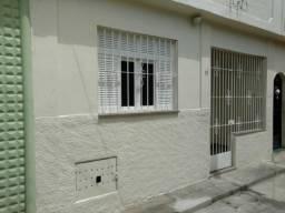 Casa 2 quartos em vila fechada no Centro, próx. Sandú