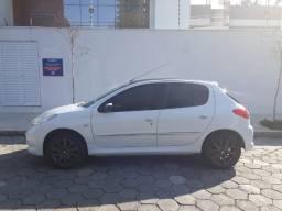 Peugeot 207 XR Sport em excelente estado! - 2012