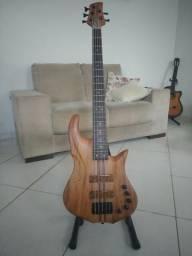 Baixo de 5 cordas novo - Luthier W. Carvalho