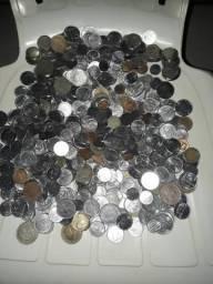 Vendo mais de 500 moedas antigas