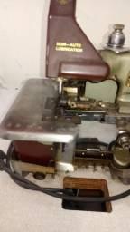 Maquina de costura orveloque caseira