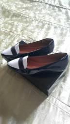 """Vendo sapatilhas lindas"""""""