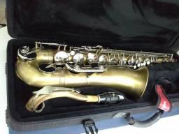 Saxofone Júpiter