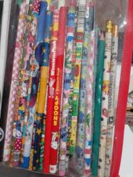 Lápis e borrachas do japao unidade