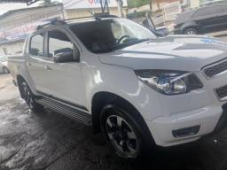 VENDE-SE S10 2016 2.8 4x4 HIGH-COUNTRY - 2016