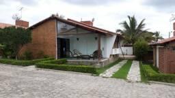 Excelente casa em condomínio fechado a venda em gravatá pe