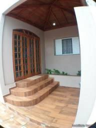 Casa em Cravinhos - Casa no Centro de Cravinhos