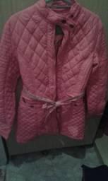 Venda de um casaco lindo (2×) com acréscimo de 20%