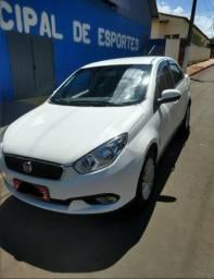 Fiat gran siena essence1.6 16 - 2017