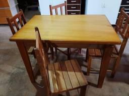 Mesas de madeira A partir de R$450,00