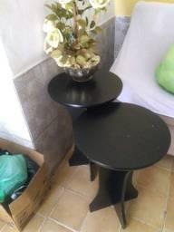2 mesas decorativas em ótimo estado