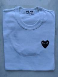 Camiseta Comme des Garçons Play Heart Logo