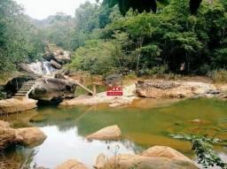 Vendo linda chácara em Santa Leopoldina, com cachoeira, piscina natural e restaurante, pró