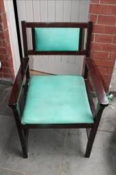 Poltrona / em Madeira / Tecido Marrom / Verde 90 cm x  58 cm x  60 cm