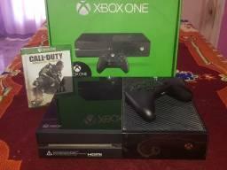 Xbox One 500GB (Pouco Uso) + 5 Jogos Incluindo Call of Duty: Modern Warfare