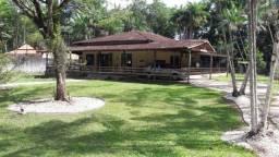 Casa em Condomínio Fechado - Benevides-PA - Em meio a Natureza