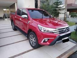 Toyota Hilux 4x4 vermelha diesel