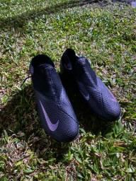 Nike phantom - society