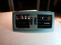 Difusor ar condicionado BMW 530 console traseiro