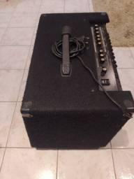 Amplificador Kc550 Roland 180 Watts. Usado