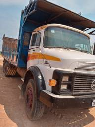 Caminhão 2216
