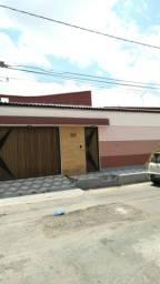 Nelson Garcia vende casa Cohatrac II, 3 quartos.