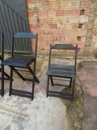 Cadeiras e mesas de madeiras ZAP *