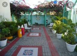Apartamento em condomínio fechado no Janga