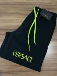 Bermudas Versace ?