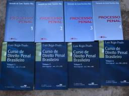 41 livros de direito bem conservados!!