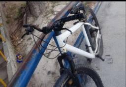 Recompensa para quem souber das bikes aro 29 roubadas