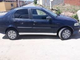 Carro siena 2002  completo