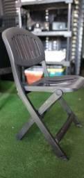 Título do anúncio: Cadeira de plástico dobrável super resistente.